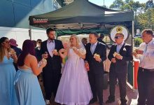 'This is all I wanted'—bride & groom tie the knot at a Bunnings sausage sizzle