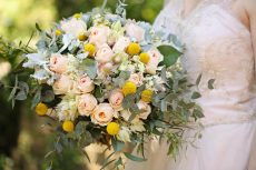 How to Design Handmade Floral Crowns